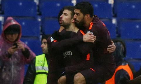 Barcelona thiet lap ky luc sau man thuy chien voi Espanyol hinh anh