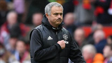 Mourinho da deu Guardiola va Klopp vu trong tai hinh anh