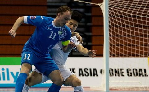 Artur Yusunov canh bao Uzbekistan khong duoc mac sai lam truoc DT futsal Viet Nam.