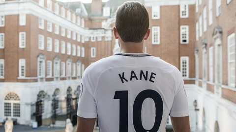 Harry Kane da nam lay co hoi the hien minh o Tottenham.