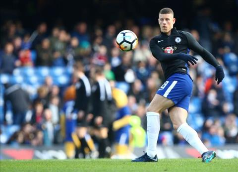 Man City vs Chelsea Ross Barkley tro lai tap luyen hinh anh 2