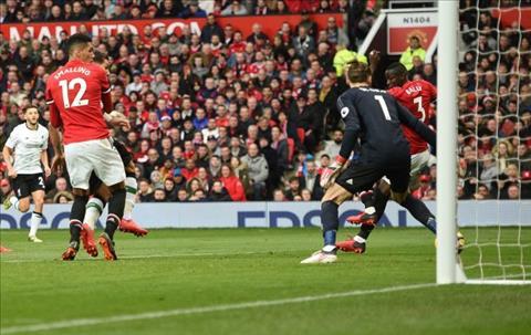 Bailly phan luoi nha MU van danh bai Liverpool 2-1 hinh anh 2