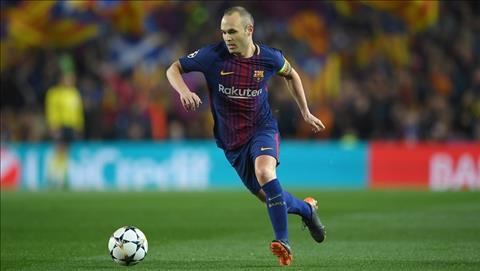 Huy diet Chelsea, Iniesta len tieng ve tuong lai hinh anh