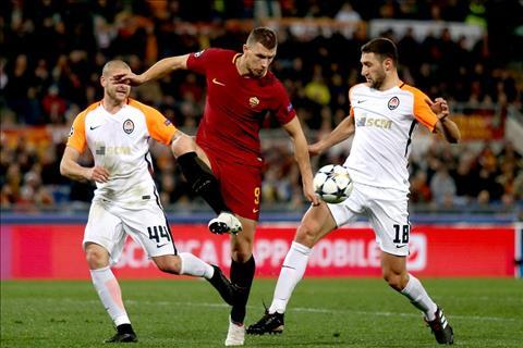 AS Roma cua Dzeko