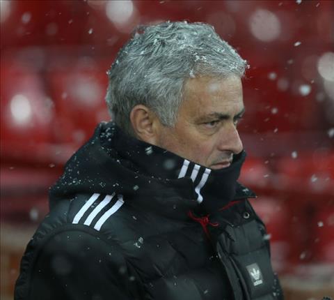 Mourinho dang co pha MU de duoc sa thai hinh anh