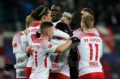 Leipzig 2-1 Bayern Munich Nha vua thua bac nhuoc hinh anh