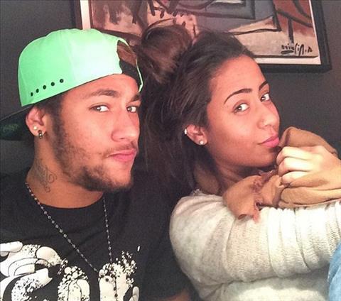 Tien dao Neymar va loi nguyen mang ten sinh nhat em gai hinh anh