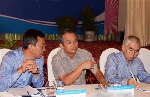 Bau Duc tai khang dinh se nghi choi V-League neu VFF khong thay d hinh anh