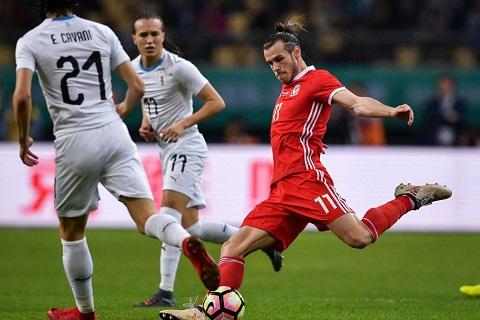 Tiền vệ Gareth Bale trong trận thua Uruguay
