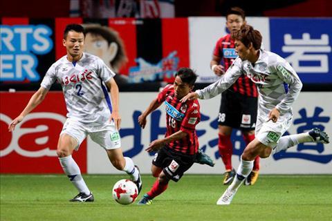 Them cau thu Thai Lan ghi ban o giai J-League 1 Nhat Ban hinh anh
