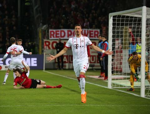 Tong hop Freiburg 0-4 Bayern Munich (Vong 25 Bundesliga 201718) hinh anh