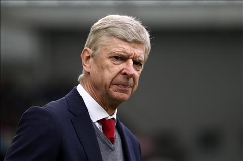 Arsenal thua nhuc Brighton, Wenger len tieng ve tuong lai hinh anh