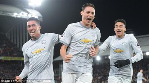 Man Utd vs Liverpool (19h30 ngay 103) Mau do nao cho ngoi a quan hinh anh 2