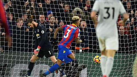 De Gea giai cuu MU, Mourinho van khong hai long hinh anh