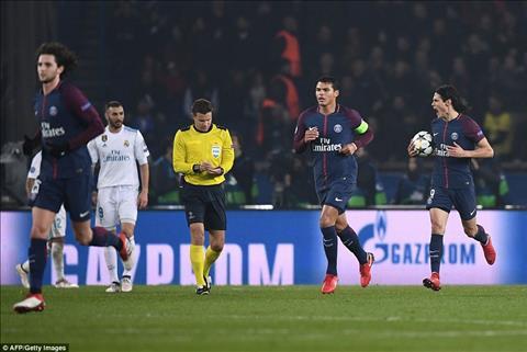 PSG 1-2 (2-5) Real Madrid Thang ngay tai Paris, nha DKVD pho dien dang cap vuot troi hinh anh 3