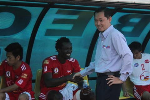 Binh Duong tu tin dau HAGL o vong 1 V-League 2018 hinh anh