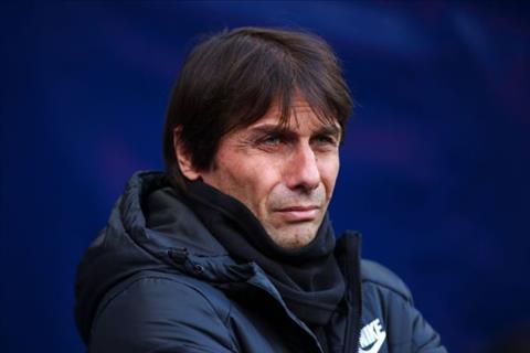 Hoc tro do Conte dang co de bi Chelsea sa thai hinh anh