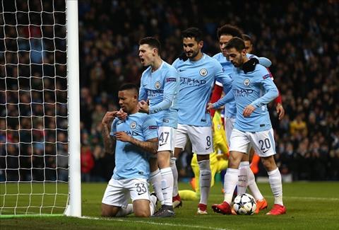 Gabriel Jesus mo ty so tran Man City vs Basel