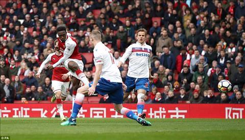 Stoke co tran thu 11 lien tiep khong thang o Premier League