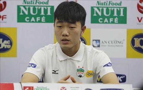 Xuan Truong noi gi truoc tran dau o vong 5 V-League hinh anh
