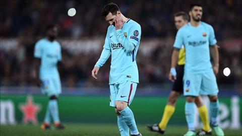 Messi co hai co hoi sut phat trong hiep 1 nhung deu thuc hien khong tot