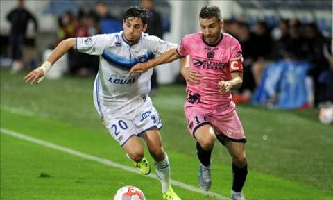 Nhan dinh Auxerre vs Clermont 01h00 ngay 144 Hang 2 Phap hinh anh