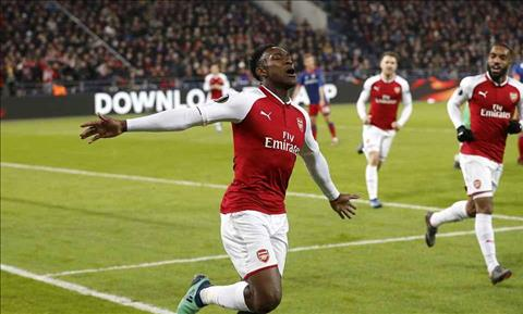 Welbeck CSKA 2-2 Arsenal