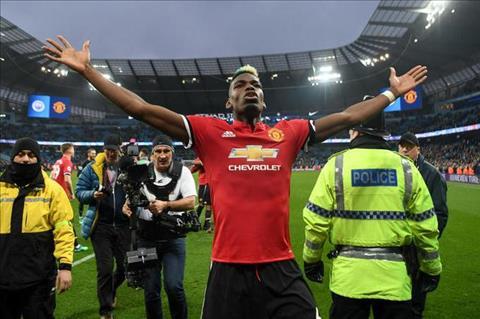 Mourinho phat bieu ve Pogba va phong do cua anh hinh anh