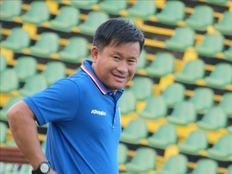 HLV Đinh Hồng Vinh chê khéo cầu thủ HAGL nằm sân quá nhiều  hình ảnh