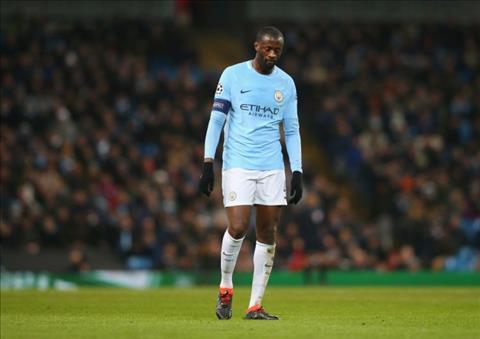 Roi Man City, Yaya Toure toi Barca o He 2018 hinh anh