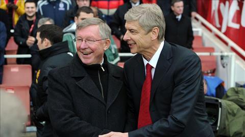 Arsene Wenger ra di, nhung Arsenal se khong sup do nhu Man Utd hinh anh 2