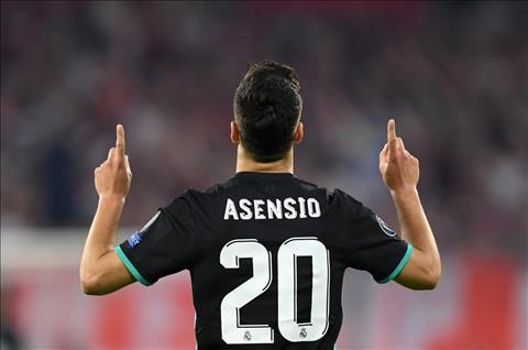 Asensio ghi ban cho Real