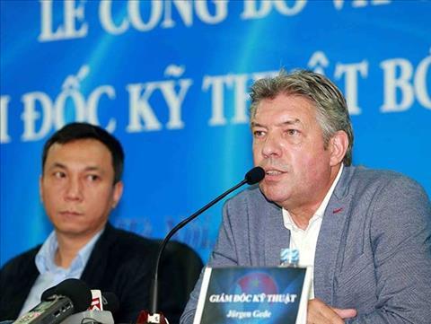 HLV Lê Thụy Hải tin rằng bóng đá Việt Nam vẫn cần một GĐKT ngoại hình ảnh