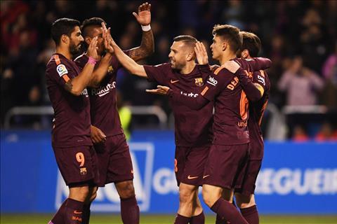 Barca vo dich La Liga 201718 Chien tich vo tien khoang hau hinh anh