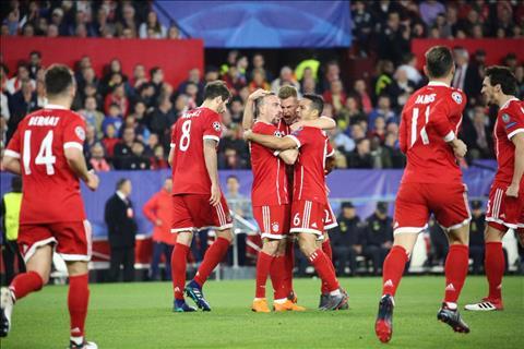 Bayern chiem loi the rat lon truoc tran luot ve