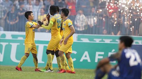 Nhan dinh Khanh Hoa vs Thanh Hoa 17h00 ngay 54 V-League 2018 hinh anh