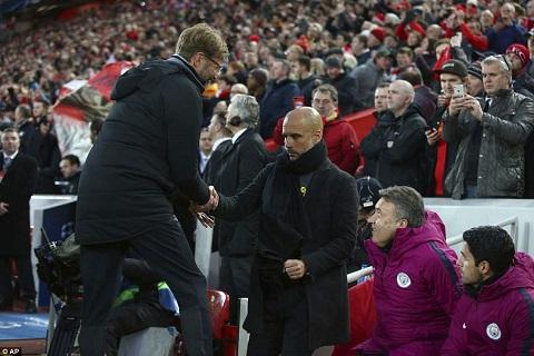 Sự bất lực của Pep trong trận Liverpool 3-0 Man City