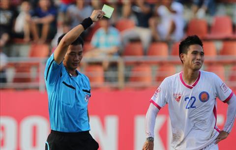 VFF treo gio Nguyen Quoc Long vi loi bo bong dap nguoi hinh anh