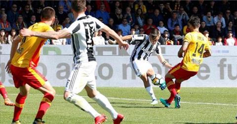 Clip ban thang Benevento vs Juventus 2-4 Vong 31 Serie A 201718 hinh anh