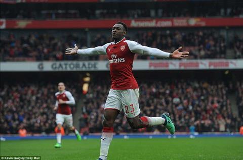 Welbeck la mot trong nhung cai ten gay tranh cai trong tran thang cua Arsenal.