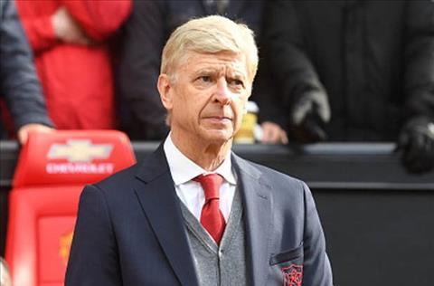 Wenger muon lam HLV DT Phap thay vi PSG hinh anh