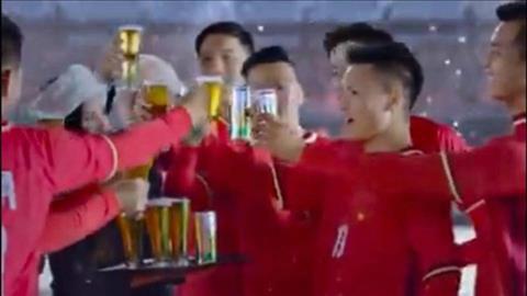 Quang Hai quang cao bia gay nhieu tranh cai.