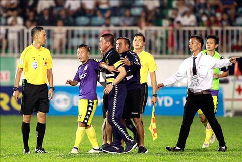 Ha Noi vs HAGL Thay tro Chu Dinh Nghiem bi bau Hien nhac nho  hinh anh