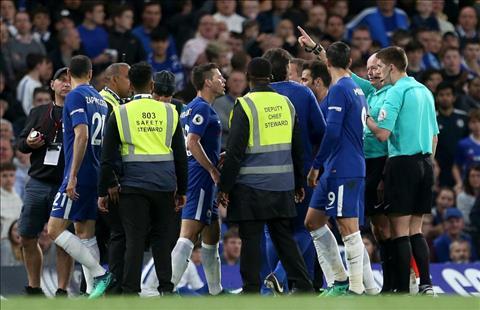 Chelsea bị phạt sau trận gặp Huddersfield hình ảnh