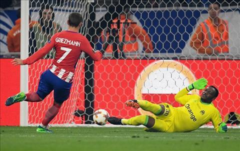 Dư âm Marseille 0-3 Atletico Ngày Griezzy thanh toán nợ nần hình ảnh 2