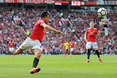 Sanchez cảnh báo Chelsea trước thềm chung kết FA Cup