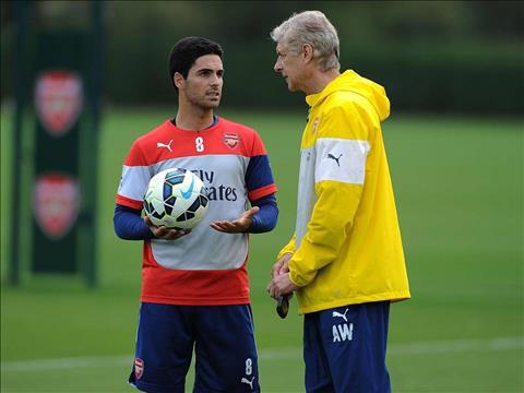 Wenger ung ho Arteta lam HLV Arsenal
