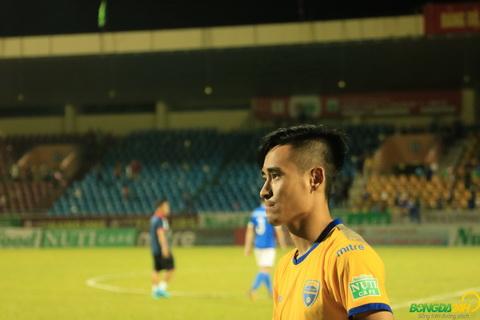 Ngay ve Cam Pha buon vui lan lon cua Vu Minh Tuan.