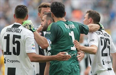Benatia và Barzagli phát biểu về Buffon hình ảnh