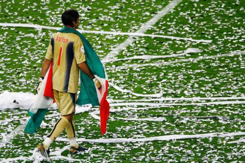 Gianluigi Buffon: Toi muon la Buffon cho den phut cuoi cung!1